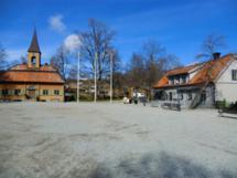 Blick auf den Marktplatz der alten Wikingerstadt Sigtuna