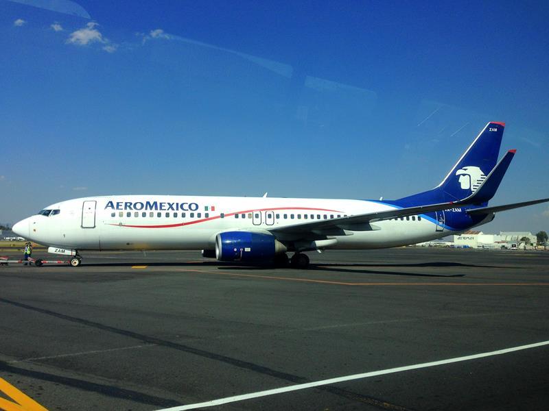 Ein Flugzeug von Aeromexico am Flughafen von Mexiko City