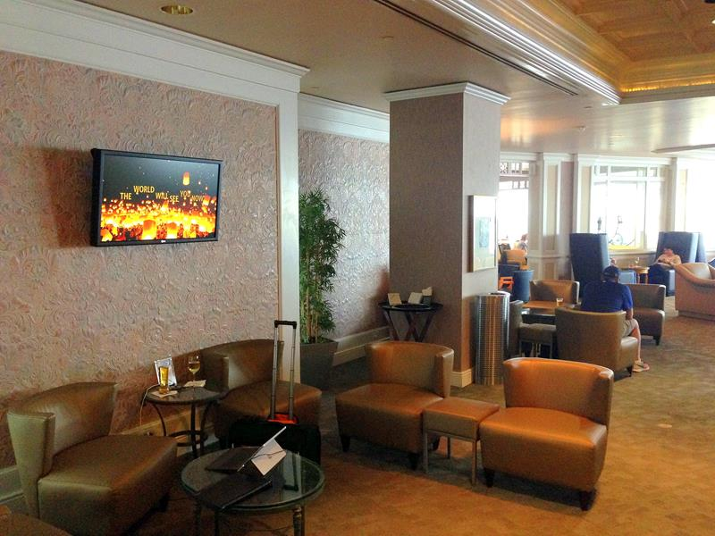 Die Delta Sky Club Lounge in Orlando