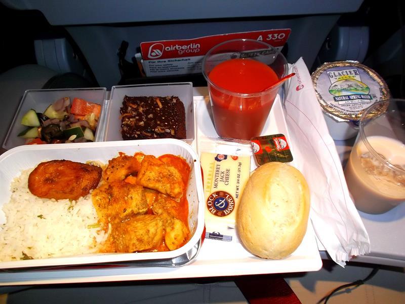 Mein Abendessen auf dem Flug mit Air Berlin von Curacao nach Düsseldorf