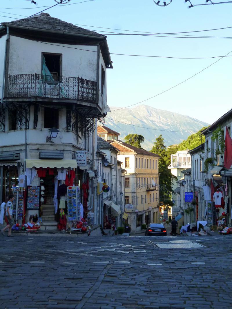 Die zum Unesco-Weltkulturerbe gehörende Altstadt von Gjirokastra in Albanien