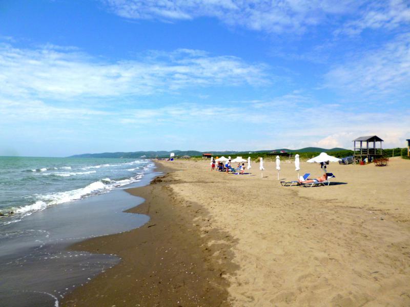 Der Strand von Spile an der Adria in Albanien