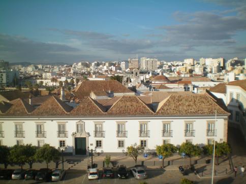 Überblick über Faro von der Kathedrale in der Altstadt