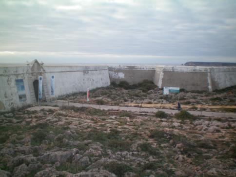 Der Eingang zur Festung von Sagres