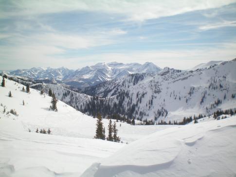 Blick nach Snowbird, dem Nachbar-Skigebiet von Alta