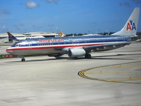 Eine Maschine von American Airlines am Miami International Airport