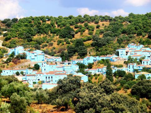 Das Schlumpfendorf Juzcar in Andalusien
