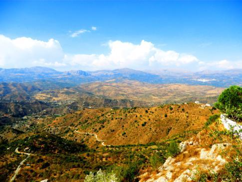Ausblick von Comares auf die Landschaft Andalusiens