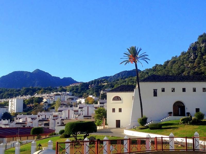 Auch Ubrique ist ein klassisches weißes Dorf in Andalusien