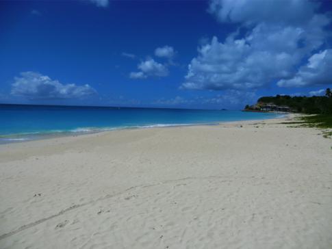 Der Darkwood Beach, ein sehr schöner Strand im Südwesten von Antigua