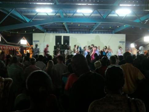 Der Fish Fry mit viel Musik und Fisch in Oistins, Barbados