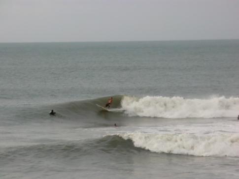 Surfen im Soup Bowl von Bathsheba an der Ostküste von Barbados