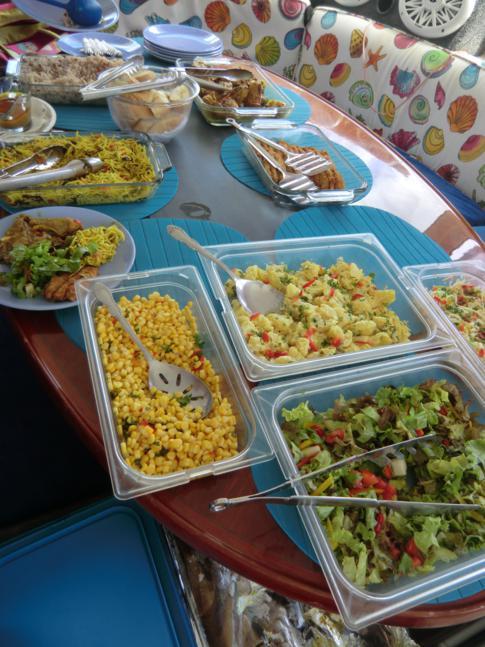 "Lunchbuffet auf dem Katamaran ""Good Times"""