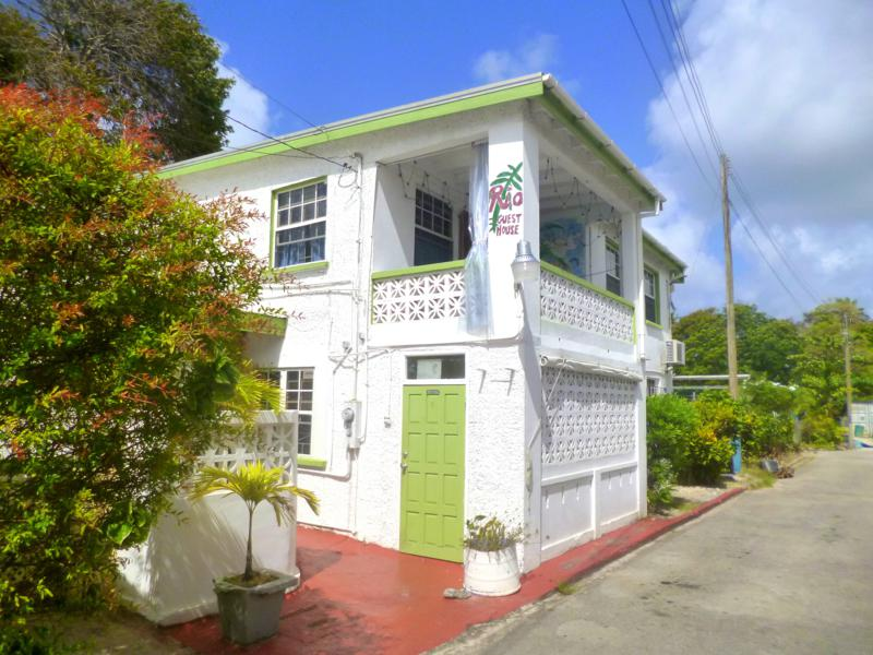 Rio Guesthouse – Budget-Unterkunft mitten auf dem St. Lawrence Gap