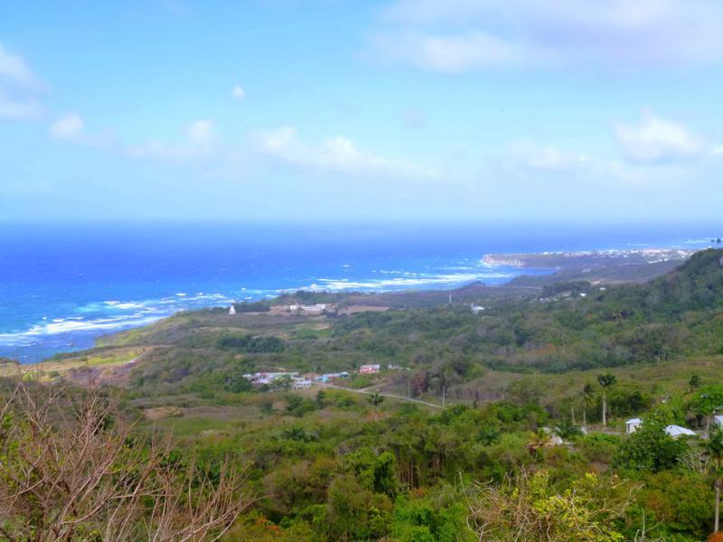 Ausblick von der St. Johns Parish Church auf die Südostküste von Barbados