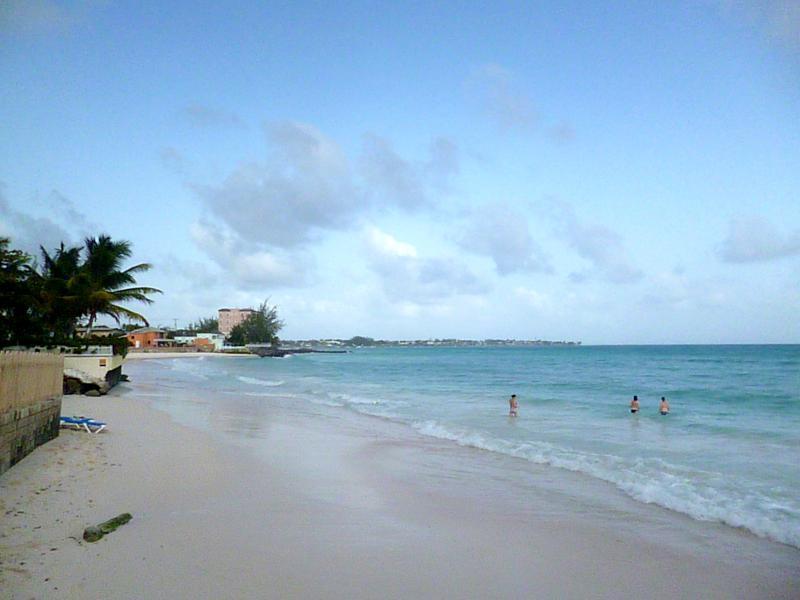 Der Strand am Butterfly Beach Hotel in Barbados