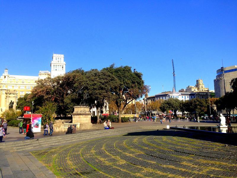Der Plaza Catalunya im Zentrum von Barcelona