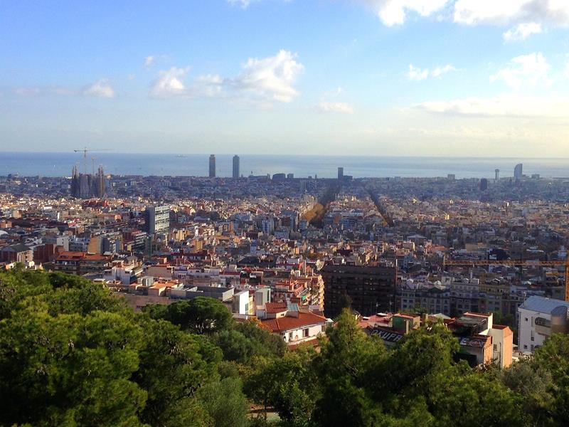 Ausblick vom Park Güell in Barcelona