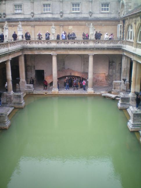 Die römischen Bäder in der Kleinstadt Bath