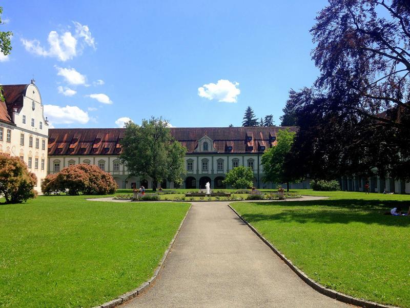 Das Kloster in Benediktbeuern südlich von München