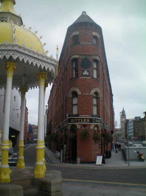 Der Victoria Square im Stadtzentrum von Belfast