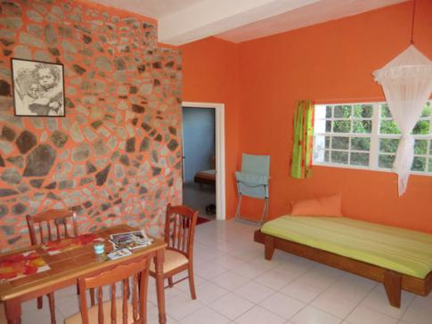 1-Bedroom-Apartment im Rainbow Castle auf Bequia