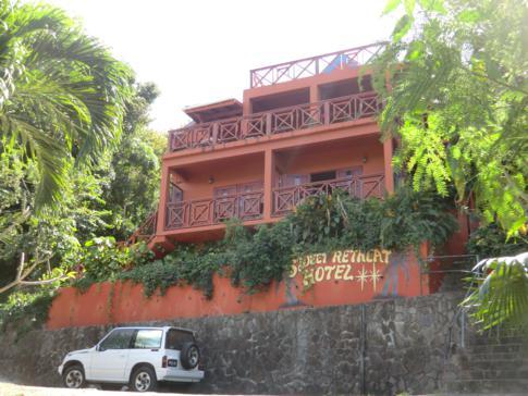 Das Sweet Retreat Hotel in Bequia am Strand der Lower Bay