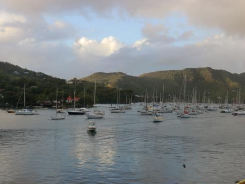 Der Hafen von Port Elizabeth auf der Grenadinen-Insel Bequia