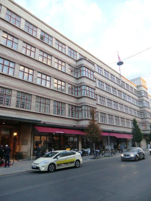 Das historische Gebäude des Hotel Ellington in Berlin-Charlottenburg