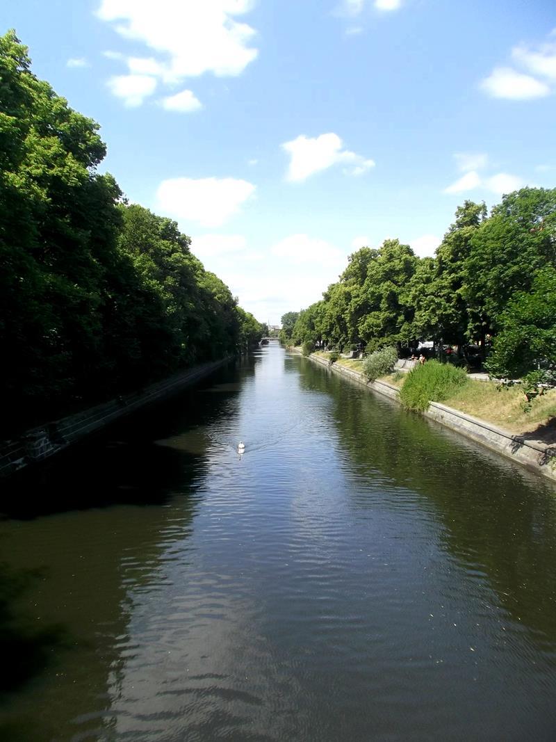 Der Neuköllner Schifffahrtskanal, der später in den Landwehrkanal übergeht