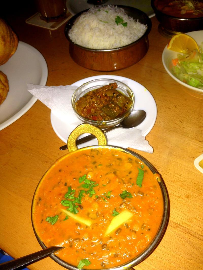 Indisches Essen im Restaurant Himalaya am Prenzlauer Berg