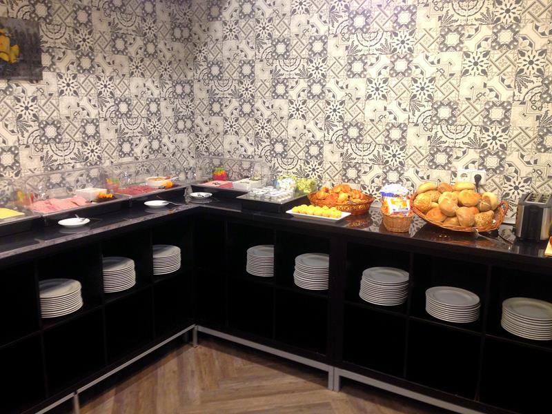 Das Frühstücksbuffet im Novum Hotel City B Berlin Centrum