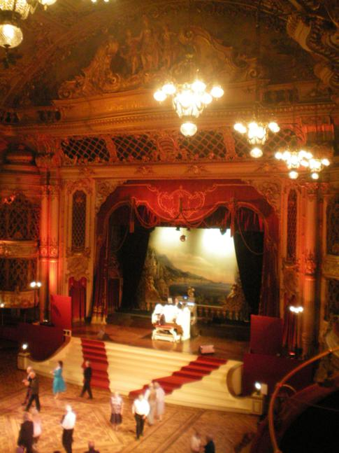 Der prunkvolle Ballsaal im Blackpool Tower