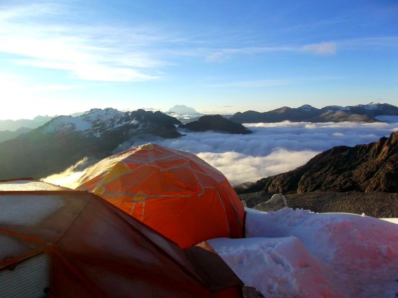 Das High-Camp des Huayna Potosi in Bolivien