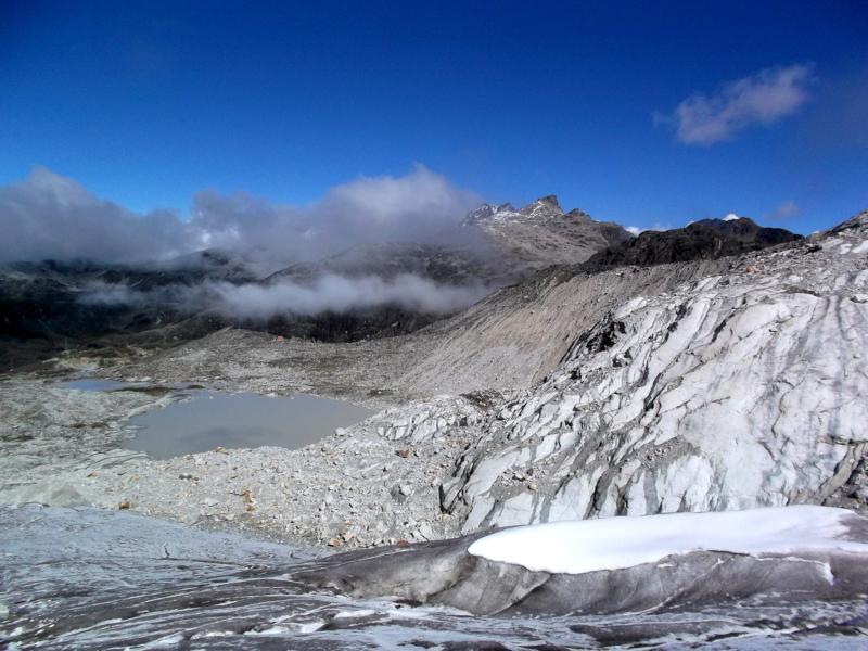 Die beeindruckenden Gletscher der bolivianischen Anden rund um den Huayna Potosi