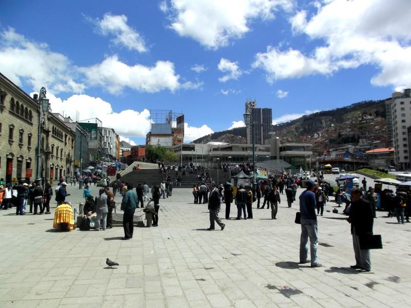 Die Plaza de San Franciso, Mittelpunkt und immer geschäftiges Treiben im La Paz