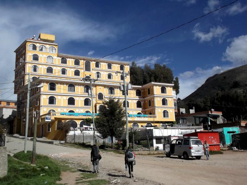 Das Hotel El Mirador in Copacabana am Titicacasee