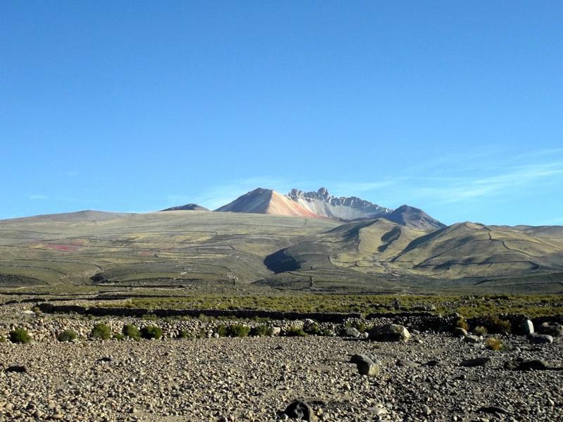Auch die Umgebung der eigentlichen Salzwüste ist sehr spektakulär