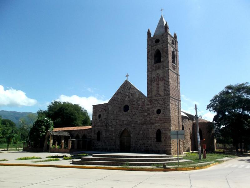 Das kleine Stadtzentrum von Villamontes im Südosten von Bolivien