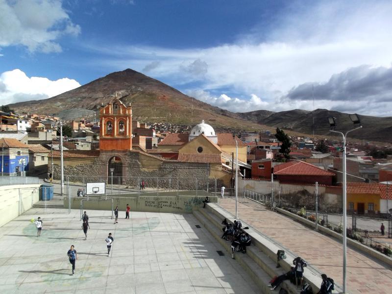 Potosi, die Minenstadt, mit dem Cerro Rico im Hintergrund