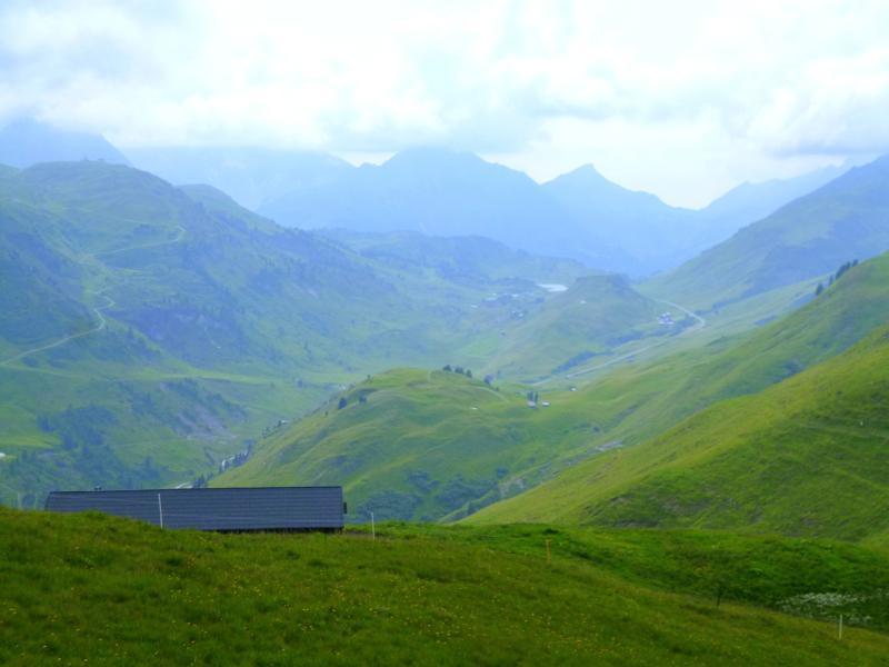 Aussicht auf den Hochtannbergpass zwischen Lechtal und Tal der Bregenzer Ache