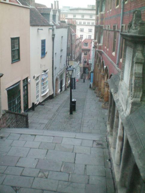 Die Christmas Steps im Zentrum von Bristol