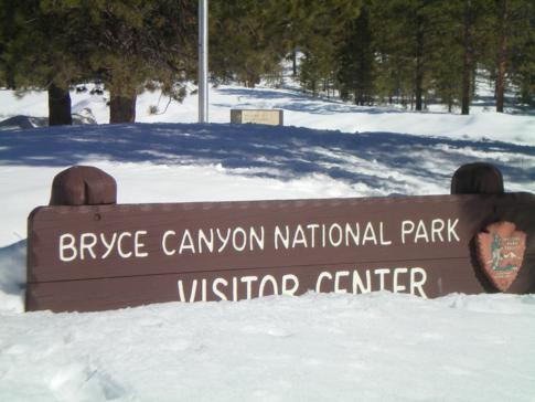 Welcome Sign zum Bryce Canyon National Park