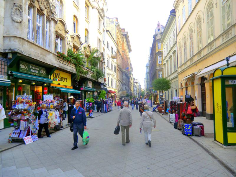 Fußgängerzonen und Einkaufspassagen in Budapest