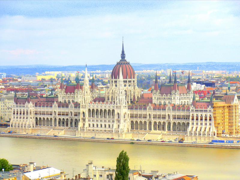 Ausblick von der Fischerbastei auf die Donau und die Altstadt von Budapest