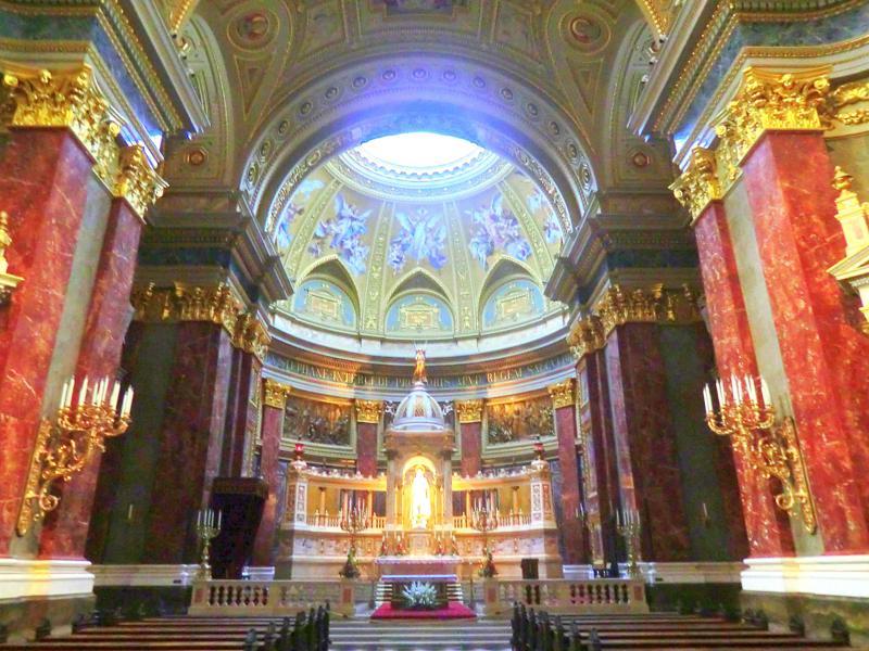 Die St. Stephans-Basilika, eine der wichtigsten Kirchen der Stadt