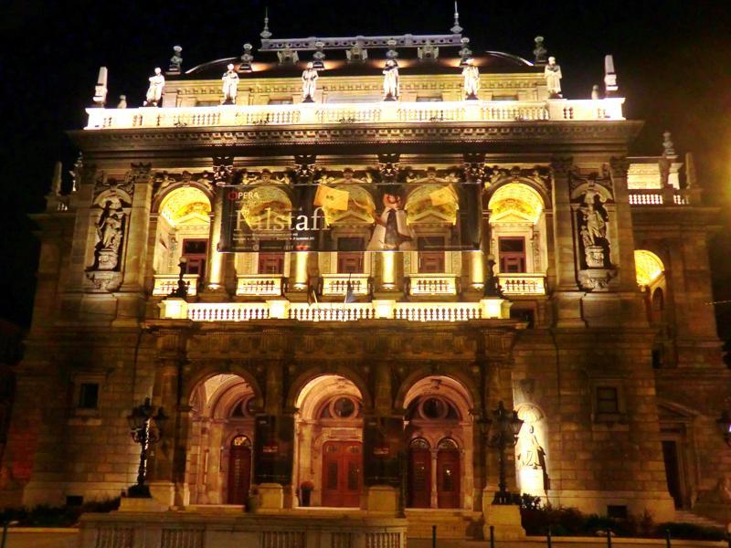 Budapest bei Nacht - auch ein schöner Anblick