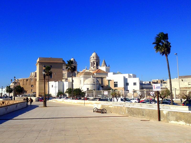 Die wunderschöne Altstadt von Cadiz in Spanien