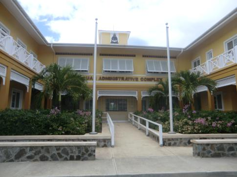 Das Verwaltungsgebäude der kleinen Hauptstadt Charlestown