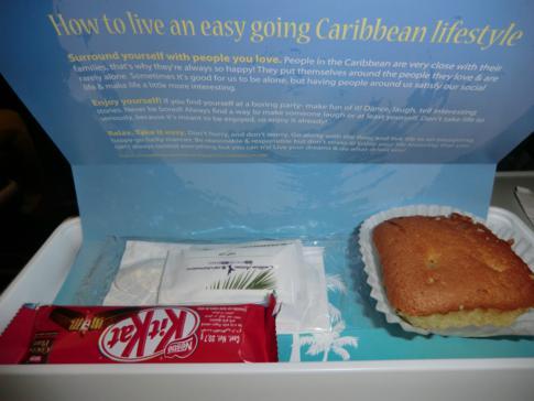 Essenservice auf dem Flug mit Caribbean Airlines von Trinidad nach New York JFK